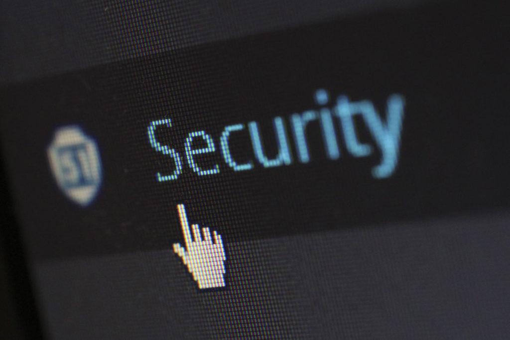 Stetige Wartung und Updates schützen Ihrer Webseite vor Hacker und Pishing-Attacken